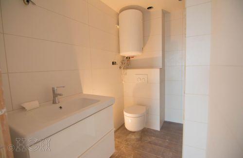 Detalles del baño reformado del piso en valencia. Construcción y reforma realizada íntegramente por personal de Global Home Happiness.