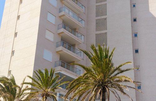 Detalle de estado final en fachada C del Proyecto básico y de ejecución del Edificio Torre del Castillo, en Jávea, Alicante. Proyecto, dirección de obra y rehabilitación de fachada realizada íntegramente por personal de Global Home Happiness