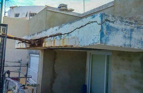 Vista y detalle de estado del Proyecto básico y de ejecución del Edificio Torre del Castillo, en Jávea, Alicante. Proyecto, dirección de obra y rehabilitación de fachada realizada íntegramente por personal de Global Home Happiness.