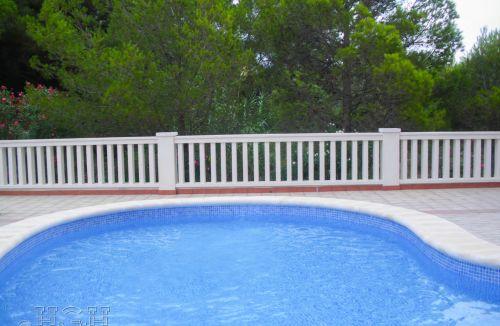 Estado final de piscina infantil en edificio de vivienda en Gola de Puchol, Valencia. Obra de refuerzo estructural realizado por personal de Global Home Happiness